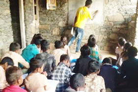 Tribal-Community-Finds-Solution-to-Ensure-Their-Childrens-Education-1