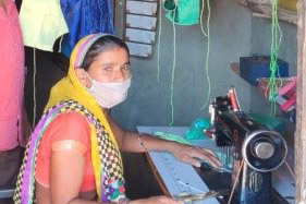 Making-face-masks-help-women-earn-livelihood-during-lockdown-sml